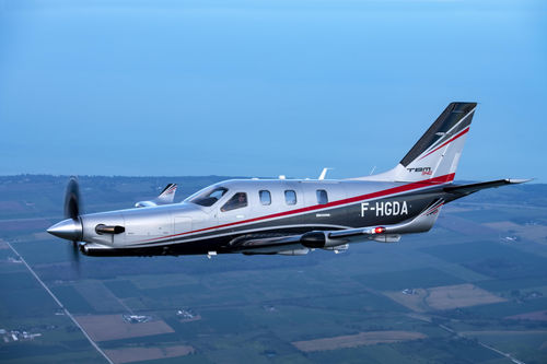 6-seater private plane / single-engine / turboprop