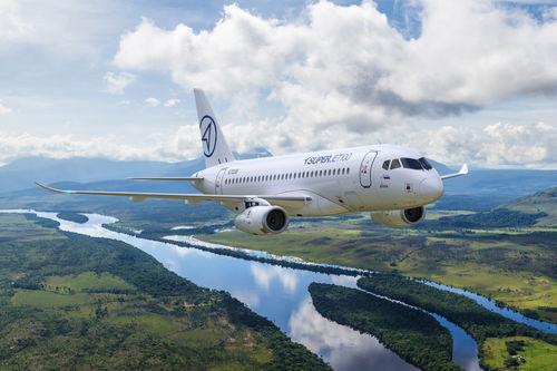 medium-range airliner / 51-100 Pers. / turbofan