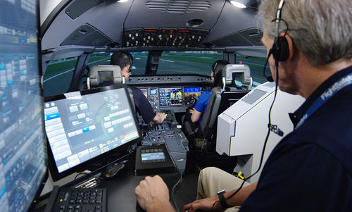 training simulation cabin / flight / cockpit / cylinder-mounted