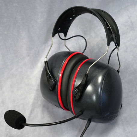 general aviation headset / for runways / for ground support / noise-reduction