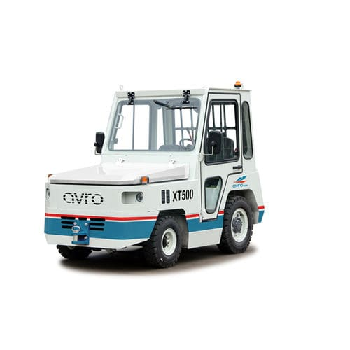 tow tractor / with towbar / for luggage trolleys / with cab