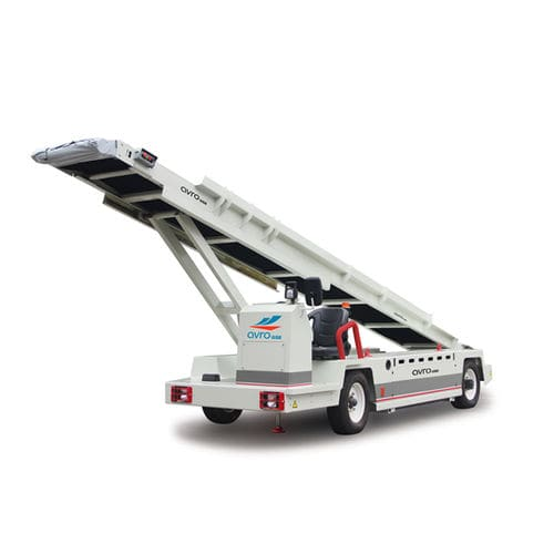 towed belt loader / for airports