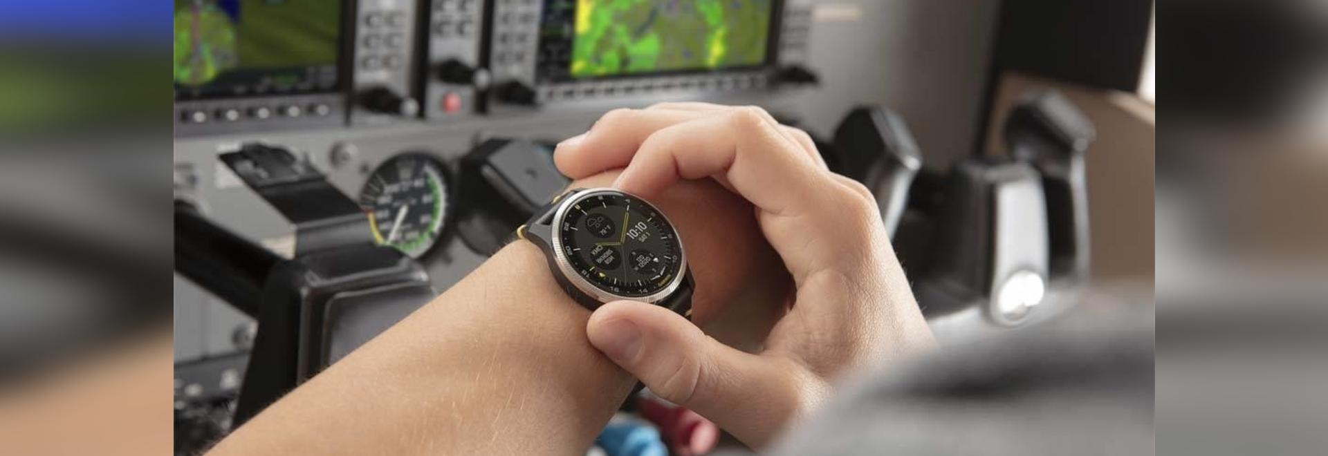 The D2 can be used in flight as a back-up navigation and pulse oximeter source.