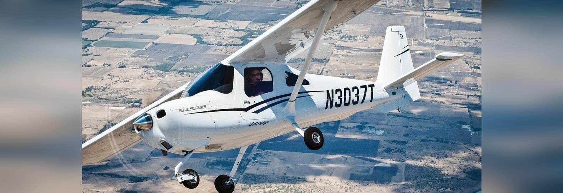 The Skycatcher responds readily to pilot input, making it fun to maneuver.