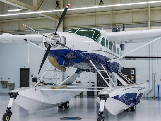 Textron Aviation delivered this amphibious Cessna Grand Caravan EX to Sundt Air in Norway.