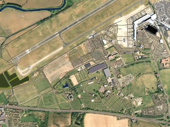 Edinburgh Airport's sustainability strategy includes new solar farm