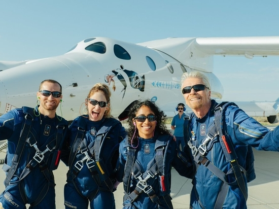 Virgin Galactic completes first fully-crewed spaceflight
