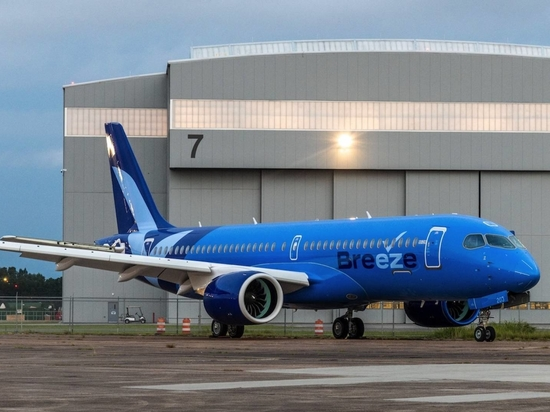 Breeze is to add 80 Airbus A220 airliners to its U.S.-based fleet and these aircraft are manufactured in the European airframer's Mobile, Alabama, facility.