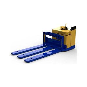 transpaleteira hidráulica / com operador sentado a bordo / de garfos longos / para aeroporto