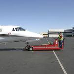 trator de reboque / sem barra de reboque / para aeronave / elétrico